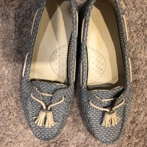 Chambray and white TOMS shoes, size 6